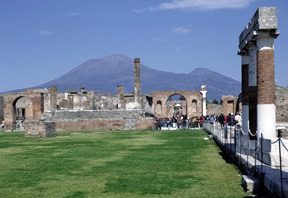 Pompeii and the Sanctuary of the Blessed Virgin of the Rosary
