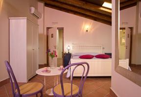 b&b Marigliano Corte Catalana - Camera Orsini con accesso al terrazzo